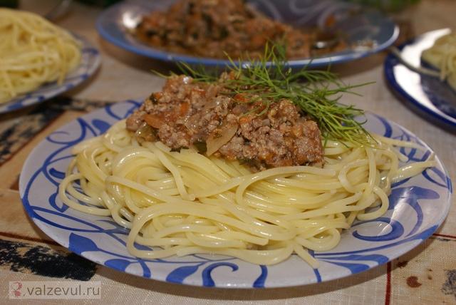 спагетти соус рецепт паста болоньезе À la bolognaise  — 075. Спагетти с соусом «À la bolognaise» (итальянский рецепт)
