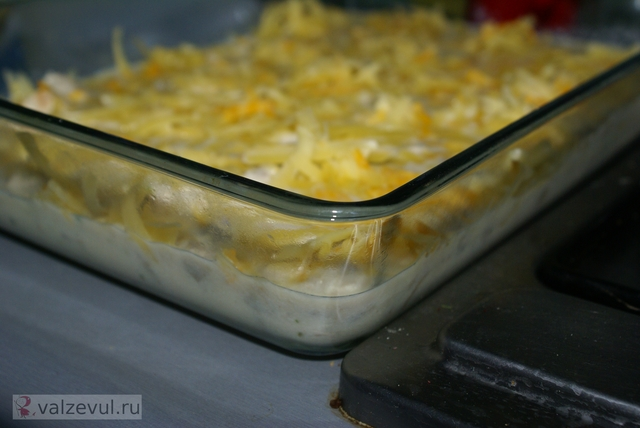 рецепт жюльен жульен с курицей и грибами  — 074. Жюльен с курицей и грибами (рецепт)