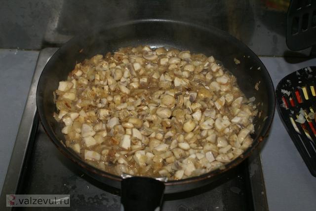 шампиньоны рецепт мясные рулетики с грибами говядина  — 078. Мясные рулетики с грибами (рецепт)