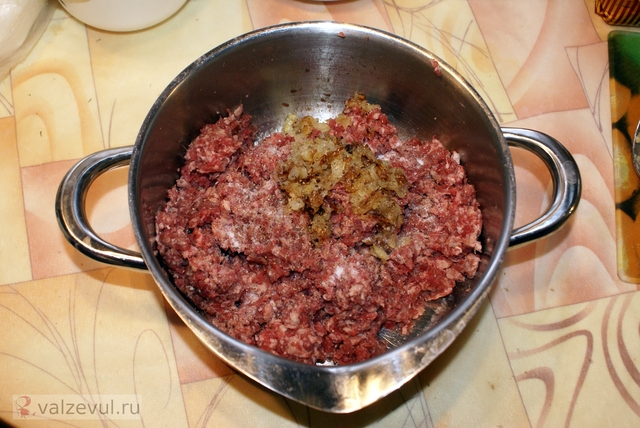 тефтели соус рецепт ikea  — 095. Тефтели Köttbullar с клюквенным соусом (шведский рецепт как в «IKEA»)