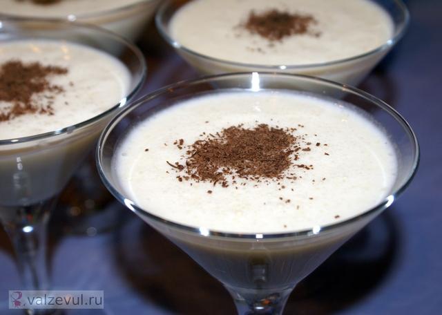 рецепт напиток мороженое коктейль  — 120. Молочный коктейль с мороженым (рецепт)