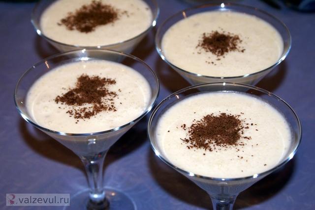 Молочный коктейль с мороженым (рецепт)