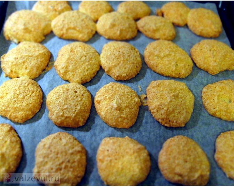 франция фото рецепт пирожные пасха национальная кухня миндаль макаруны как готовить  — 126. Пасхальные миндальные макаруны (французский рецепт)