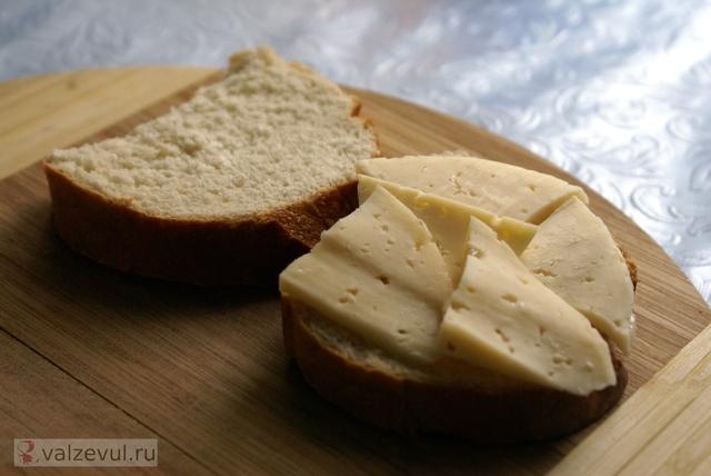 сыр рецепт с фотографиями рецепт как приготовить гренки с сыром завтрак гренки с сыром гренки  — 131. Гренки с сыром (рецепт)