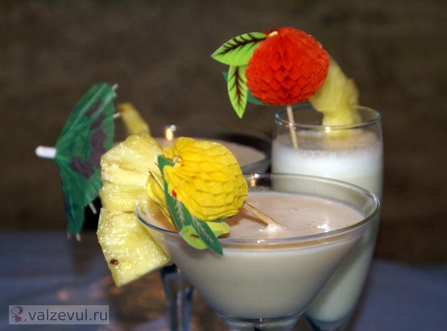рецепт пинаколада пинья колада национальная кухня коктейль карибская кухня безалкогольные напитки алкоголь pina colada  — 135. Коктейль «Пинья колада (пинаколада)» (карибский рецепт)