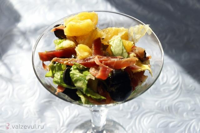 хамонера хамон салат с хамоном салат рецепт с хамоном рецепт национальная кухня испанская кухня испания  — 141. Салат с хамоном и апельсинами (испанский рецепт)