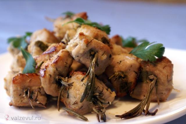 свинина на розмариновых шпажках розмарин рецепт испанский рецепт испанская кухня испания барбекю барбакоа barbacoa  — 158. Свинина на розмариновых шпажках — barbacoa (испанский рецепт)